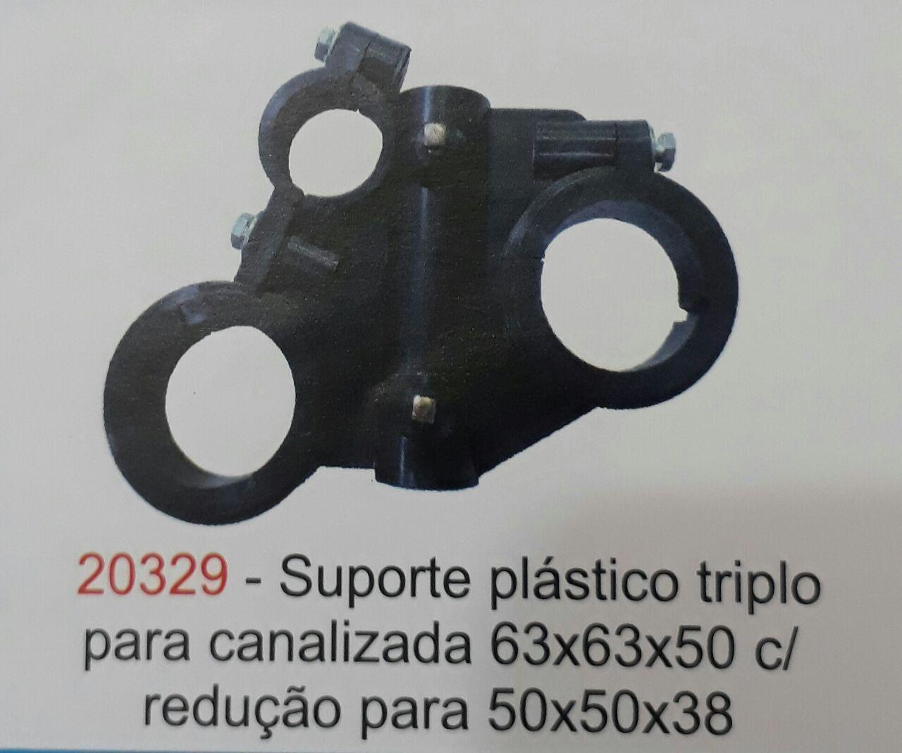 SUPORTE PLASTICO TRIPLO PARA CANO 50X50X38MM